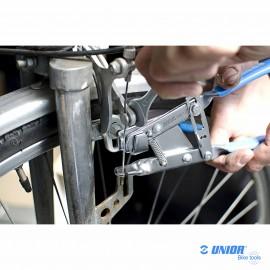 Pince tire câble UNIOR