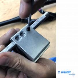 Guide de coupe fourche UNIOR 1604/2PLUS